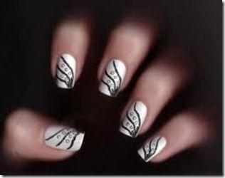uñas de acrilico decoradas de manera sencilla con esmalte
