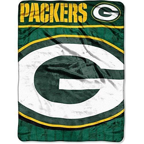 NFL Packers Throw Blanket 46 X 60 Football Themed Bedding Sports Patterned Team Logo Fan Merchandise Athletic Team Spirit Fan Gold Dark Green Raschel