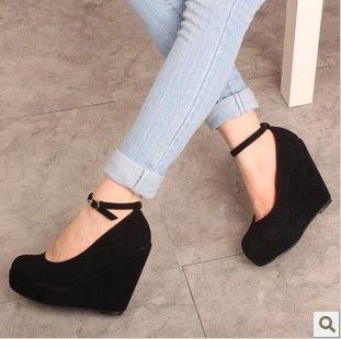 Primavera / outono mulheres gladiador sapatos 13 CM cunhas de salto alto mulheres bombas tira no tornozelo Sexy clube rua mulheres bombas preto tamanho 35 - 39