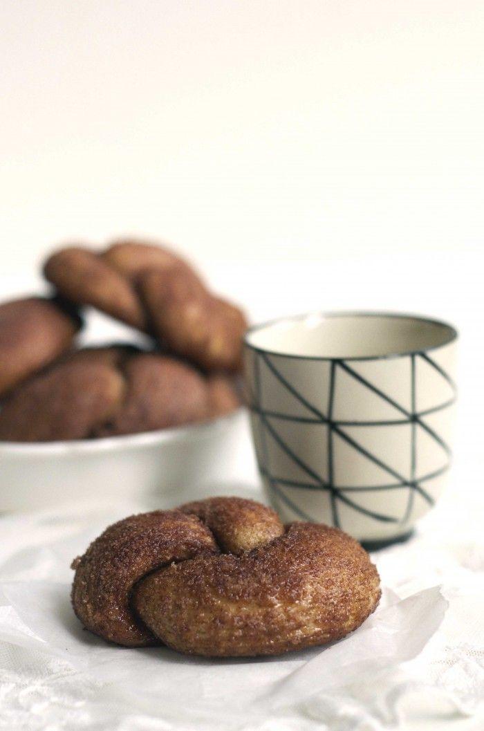 Zeeuwse bolussen maak je met een paar tips makkelijk zelf! Dit recept is van Robert van Beckhoven, de beste bakker van Nederland. Je kent hem vast van Heel Holland Bakt!