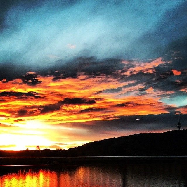 Canberra's sunsets are always beautiful, but last night was something spectacular! So many of our fans shared their brilliant sunset images using #visitcanberra and we recommend having a look at them all, but we simply couldn't resist sharing this photo by @capitalwines. #seeaustralia