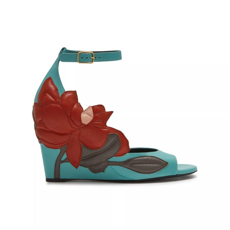 Shop the Magnolia Patchwork Wedge Sandal in Frozen, Rust, Clay & Blush Calfskin at Mulberry.com. Inspired by one of the most loved flowers in an English garden, the Magnolia Wedge features a summery graphic leather patchwork design as a feature motif all over the wedge upper.