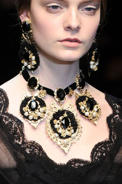 *love it-it's 18th century France all over again*  Dolce & Gabbana Fall 2012