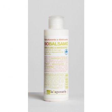 Naturalny Balsam do Włosów LaSaponaria  http://sklep.sveaholistic.pl/naturalny-balsam-do-wlosow-siemie-lniane-i-zielona-mandarynka-la-saponaria-150ml.html