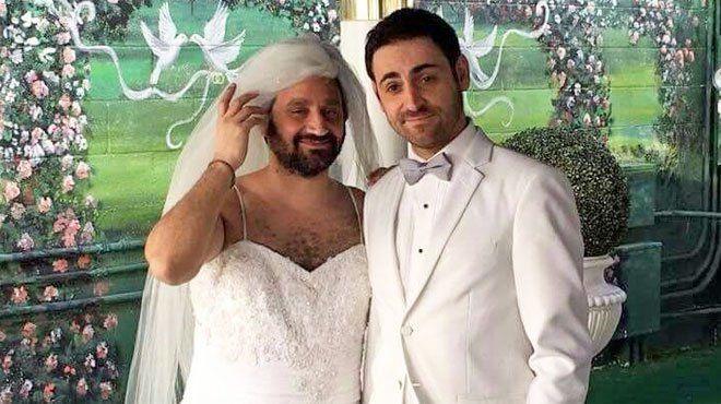 Cyril Hanouna et Camille Combal vous invitent dans les coulisses de leur mariage à Las Vegas Check more at http://people.webissimo.biz/cyril-hanouna-et-camille-combal-vous-invitent-dans-les-coulisses-de-leur-mariage-a-las-vegas/