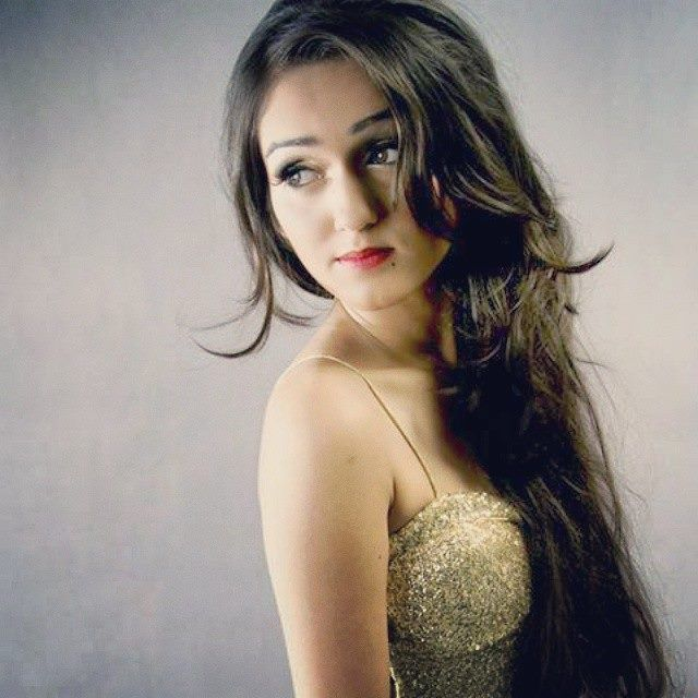 Beautiful Tanya Sharma aka Meera