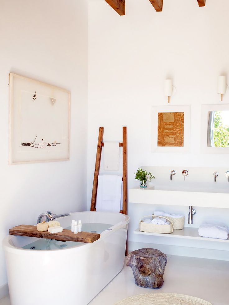 A place called Predi Son Jaumell is enough to inspire daydreams of a leisurely bath, isn't it? The Mallorca hotel sets the scene for the perfect mid-vacation soak.