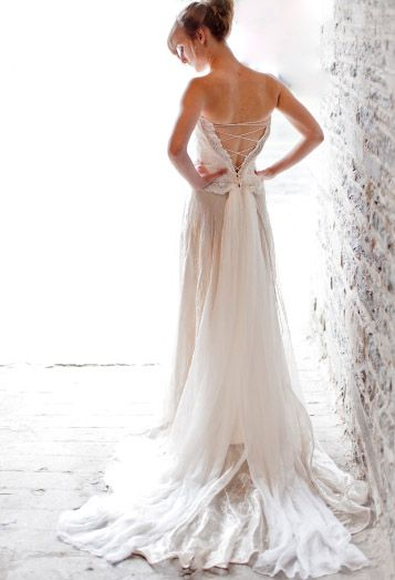Faerie Brides makes custom faerie wedding gowns straight from your imagination   Offbeat Bride