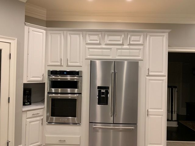 Is It Worth It To Reface Kitchen Cabinets Kitchen Cabinet Painters Kitchen Cabinets Refacing Kitchen Cabinets