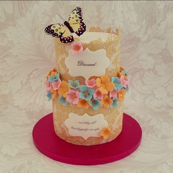1000 idées sur le thème Gâteaux De Divorce sur Pinterest  Fête De ...