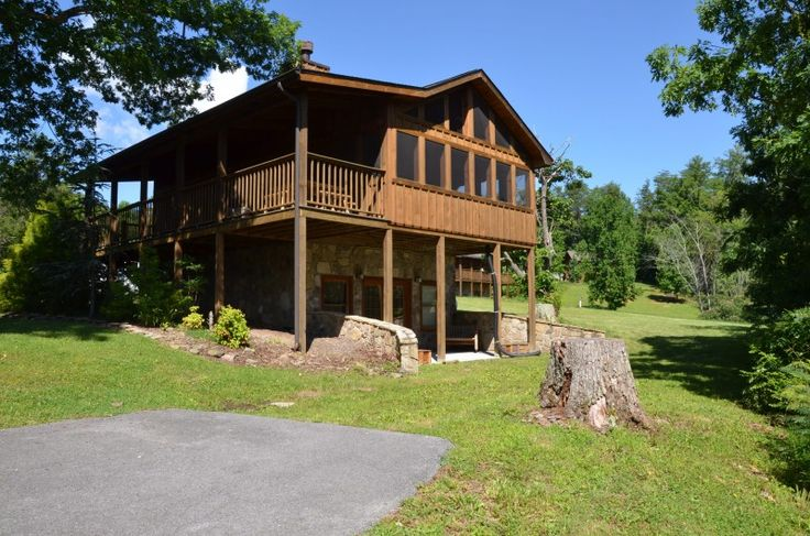 Wears Valley Cabin Rentals | Smokey Trails Cabin | 1 bedroom Cabin in Wears Valley