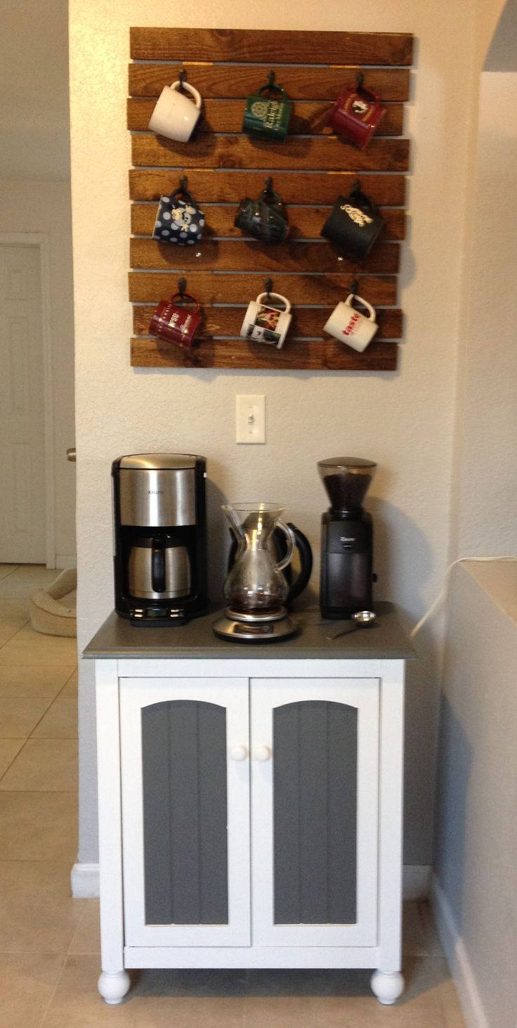 Coffee Station & Pallet Mug Rack | Pallets, Mugs and Mug rack