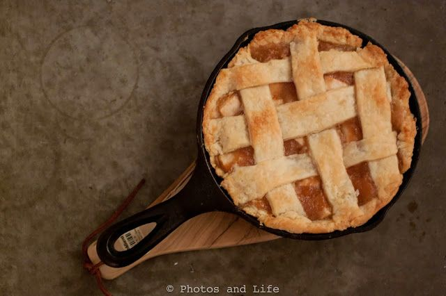 Mini apple pie in a mini cast iron skillet photos and for Cast iron skillet camping dessert recipes