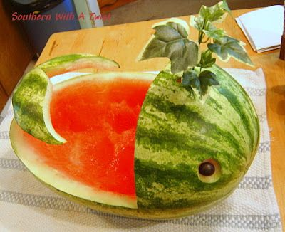 Southern With A Twist: Watermelon Whale  She has some marvelous things here  http://lynn-southernwithatwist.blogspot.com/2012/07/watermelon-whale.html
