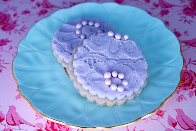 Lavender and Lace Cookies by The sugar mice, via Flickr