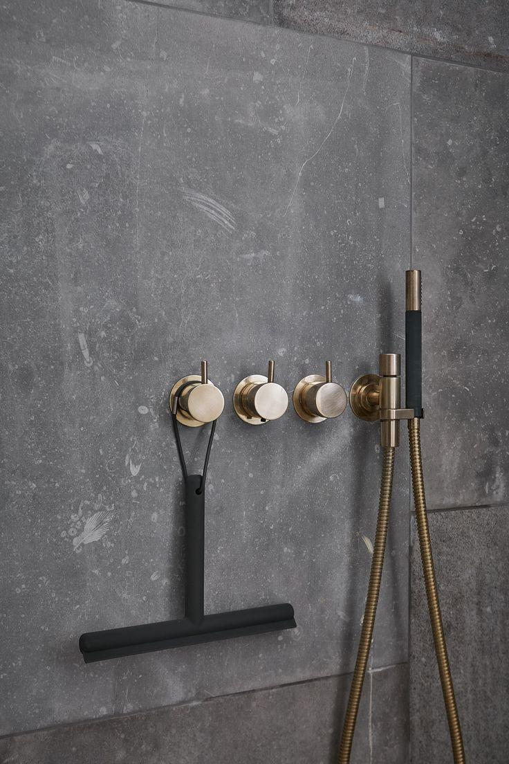Belgisch hardsteen tegels als wandbekleding | Belgian bluestone wall cladding | Kersbergen.nl