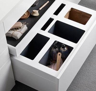 Det nya sopskåpet bygger även det på det nya lådsystemet. Du får nu den allra senaste tekniken även på insidan när du köper kök. Möt Ballingslöv Design Box® 2.0! | Ballingslöv