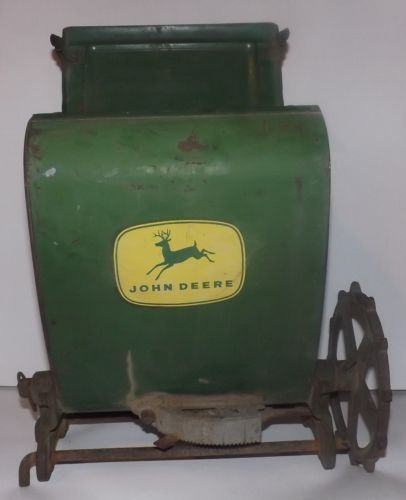 Antique Metal JOHN DEERE Corn Planter Fertilizer Box