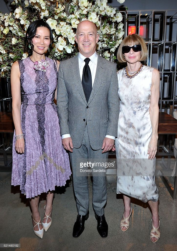 Wendi Murdoch, Bryan Lourd and Editor-in-chief of American Vogue Anna Wintour attend 'The First Monday in May' Los Angeles screening hosted by Bryan Lourd, Wendi Murdoch, Anna Wintour, iTunes and Magnolia Pictures at NeueHouse Hollywood on April 15, 2016 in Hollywood, California.