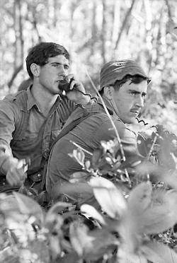 1971 Australian soldiers, Xuyen Moc, Vietnam v@e