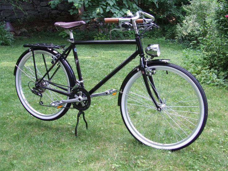 Custom Roadster from old Specialized Hardrock Mountain Bike Frame
