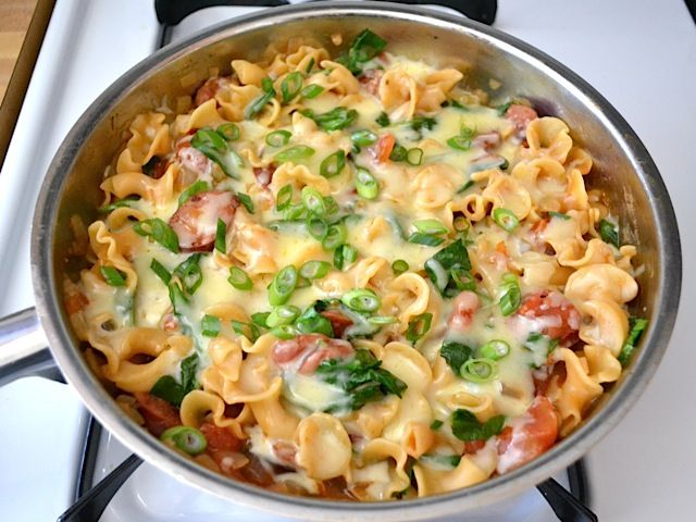made this last night.  so easy and SO good  creamy spinach & sausage pasta - Budget Bytes