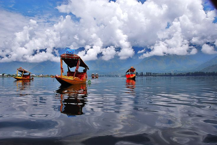 Kashmir Tour Packages- Kashmir is the best place of visit in india we provide great and best service. visit us