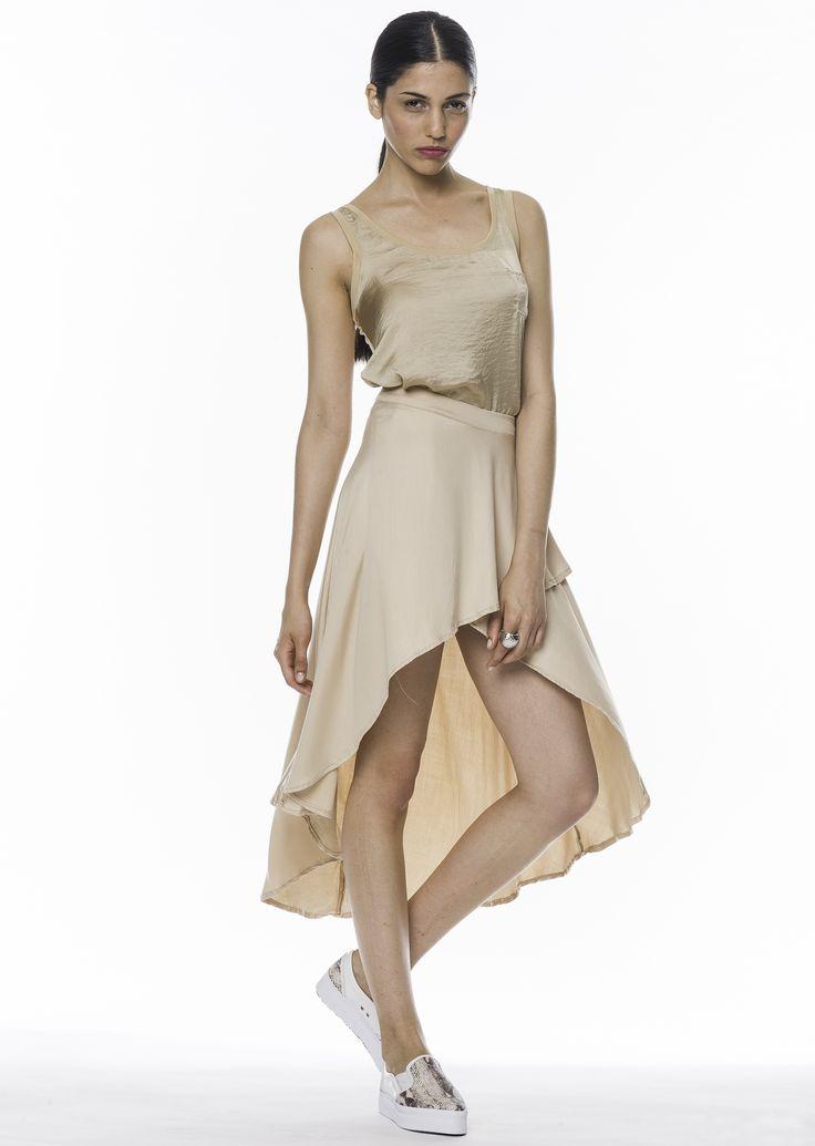#Musculosa en #seda lavada I #Falda Celine en algodón soft satinado https://www.facebook.com/BoutiqueCamarin/photos/a.781219588568163.1073741954.149353421754786/793185430704912/?type=3&theater