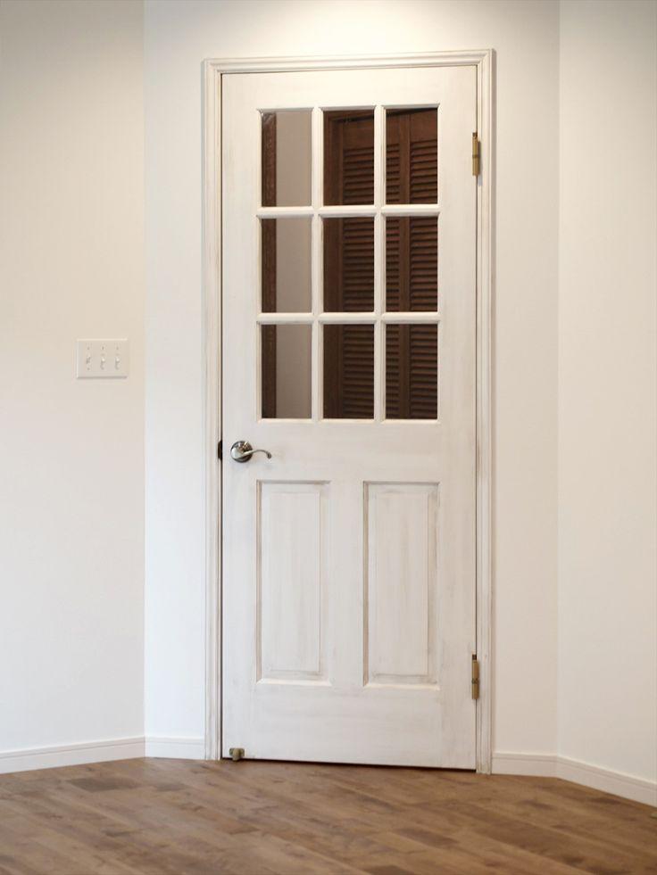 室内ドア/白/アンティーク塗装/ドア/輸入ドア/扉/インテリア/ナチュラルインテリア/注文住宅/施工例/ジャストの家/door/interior/house/homedecor/housedesign