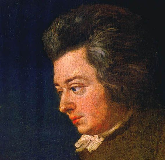 The above is regarded by historians as the most accurate surviving likeness of Mozart, painted when the composer was 26 years old. It is a section of an unfinished 1782 portrait by Joseph Lange. The splotchy texture of the composer's cheeks, visible in the original painting on display at the Mozart Museum in Salzburg, was verified by Mozart's contemporaries. Mozart (unfinished) by Lange 1782 - Une petite musique de nuit — Wikipédia
