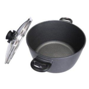Soup Pot with Lid Size: 8.5-Qt. by Swiss Diamond. $199.99. 6128 Size: 8.5-Qt. Features: -Patented nano-technology diamond reinforced non-stick cooking surface.-Pan will not peel, crack, blister or warp with no ''hot spots''.-Heat tempered glass lid with safety vent and metal rim.-Perfectly flat bottom for cooking on all major surfaces.-Ergonomically designed side handles which stay cool and are oven safe up to 500 F.-Dishwasher, oven and metal utensil safe.-Easy t...