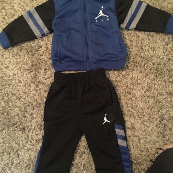 Jordan sweat suit 3-6 months Jordan sweat suit in great condition 3-6 months Jordan Other
