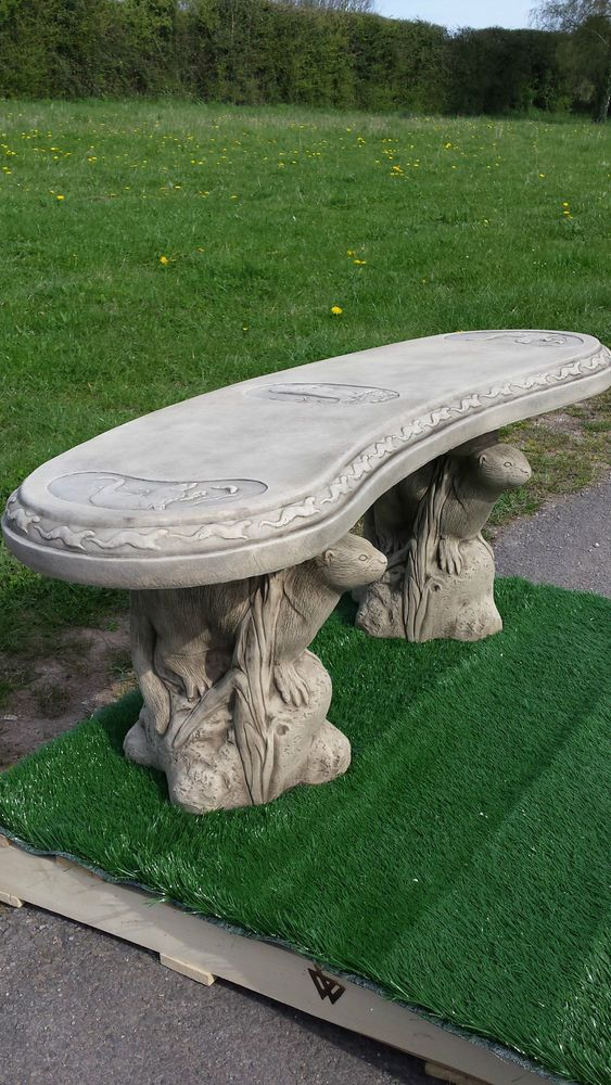 Reconstituted Stone Bench Concrete Curved Otter Design 400 x 300