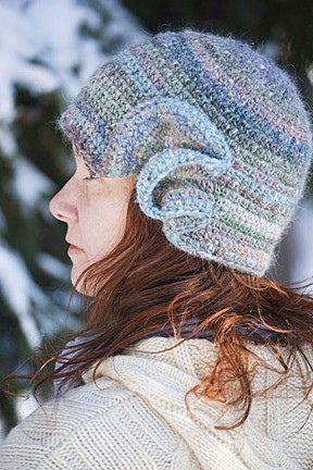 Crochet hat with hyperbolic ruffle
