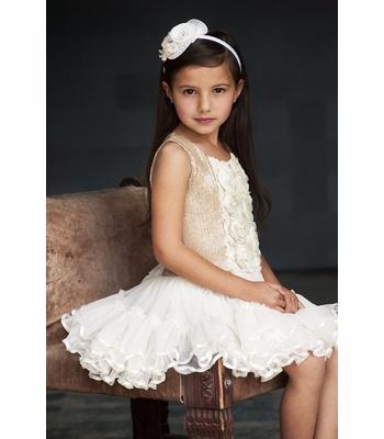 175 best vestidos images on Pinterest   Flower girl dresses, Girls ...