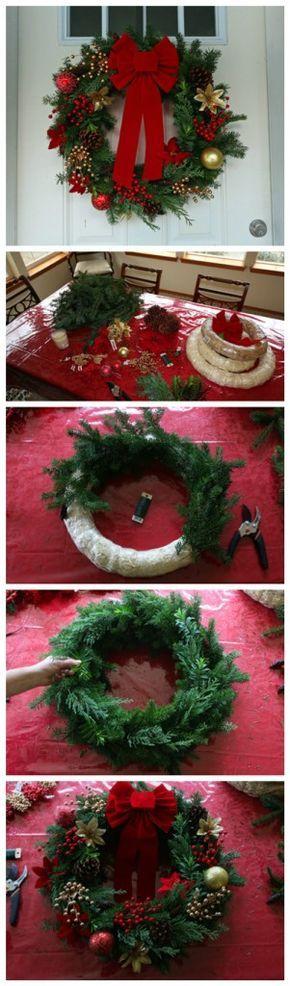 Hermosa Corona de pino para decorar la puerta Más