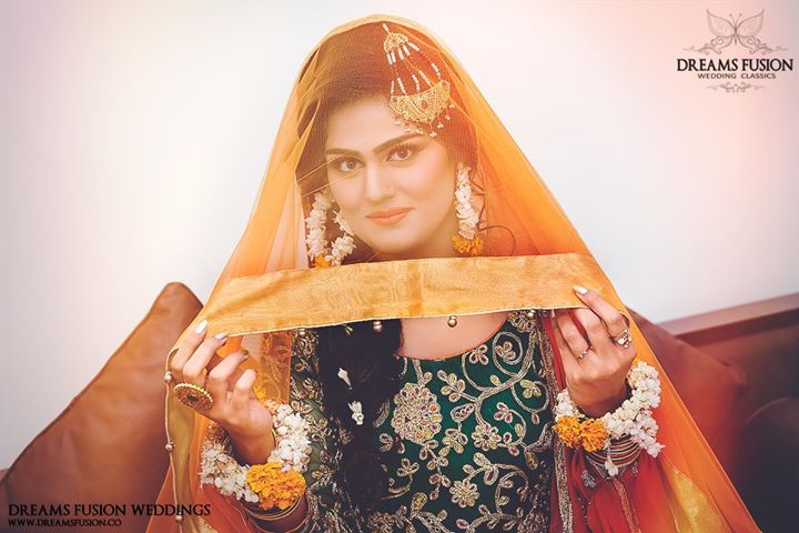 Photography by: Dreams Fusion Weddings Bridal Makeup by: Jugnu's Salon Instagram: Dreams Fusion Weddings  Follow us on Instagram: Dreams Fusion Weddings http://ift.tt/2sfJnU2 for exclusive content and updates. Taking bookings across Pakistan & Worldwide for the upcoming months; feel free to message us for a custom quote....   Dreams Fusion Weddings Pakistan's Premium Brand for Contemporary Wedding Ph'graphy & Cinematography Covering across Pakistan and Int'l Destinations Pak: 92-3468310339…
