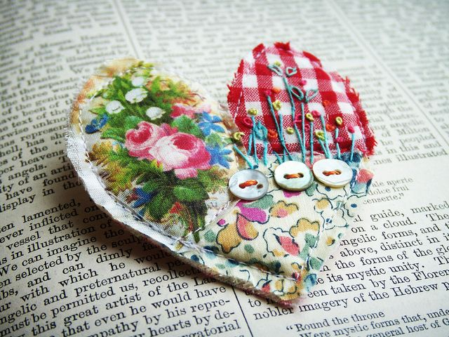 textile brooch # 2 by hens teeth, via Flickr heart