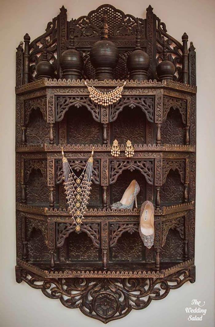 Jewellery - The Wedding Jewellery! Photos, Hindu Culture, Black Color, Antique Jewellery, Pearl Jewellery, Wedding pictures, images, vendor credits - The Wedding Salad, WeddingPlz