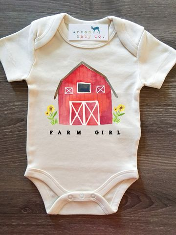 Bauernhof-Mädchen-rote Scheunen-organisches Baby Onesie® – Urban Baby Co. Apparel