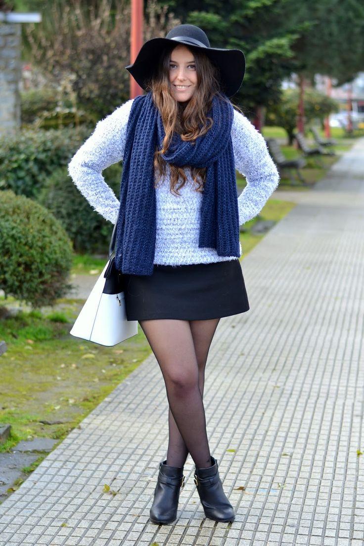 bufanda azul adolfo dominguez
