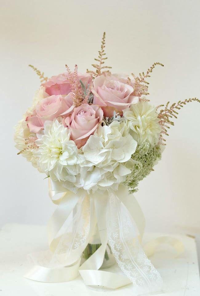Wedding bouquet / vjenčani buket / white wedding / secret garden rose / Pollak flowers / Pollak cvijeće