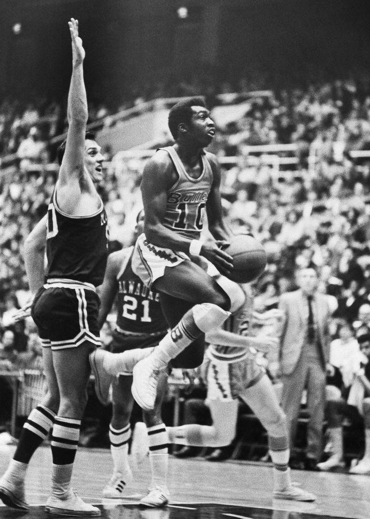"EARL ""THE PEARL"" MONROE Basketball legends, Nba legends"