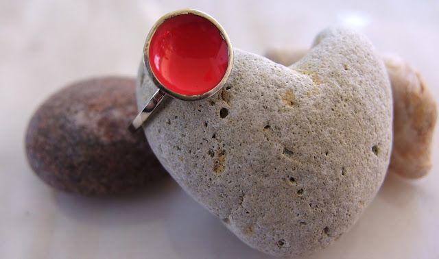 three shades of red  -  handmade enamel rings handmade jewellery - Kiki
