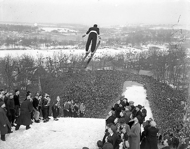 #Repost @vintagetribune: 20,000 spectators showed up for the annual Norge Ski jump tournament in Fox River Grove, Ill., on Jan. 16, 1938, on the bank of the Fox River. Birger Ruud, of Norway, is shown here making one of his two jumps of 172 and 181 feet that won him the international title. Ruud was a two-time Olympic champion with Norway's Olympic ski team. #skijump #norgeskijump #norgeskiclub #foxriver #vintageskiing #winterfun