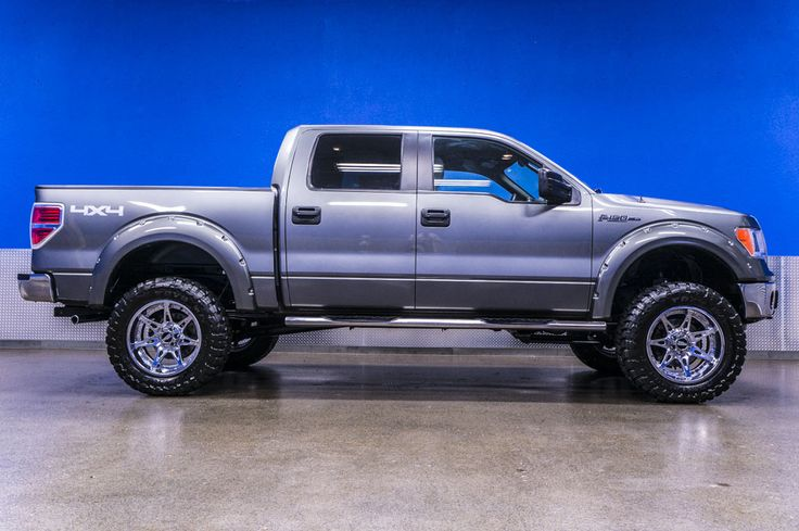 2012 Lifted Ford F 150 XLT 4x4 Truck with Chrome Rims
