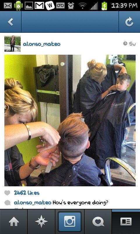 Show hair stylist how to cut this haircut