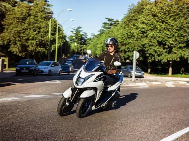 ヤマハ 三輪バイク「Tricity(トライシティ)」発表 125ccで3000ユーロ(40万円)らしい