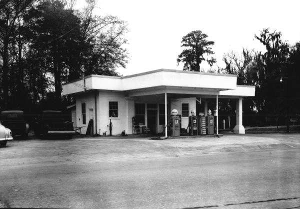 Florida Memory - Shell Station at Five Points - Tallahassee, Florida 1953
