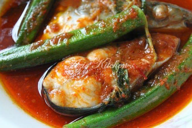 Azie Kitchen: Masak Asam Pedas Ikan Patin Temerloh
